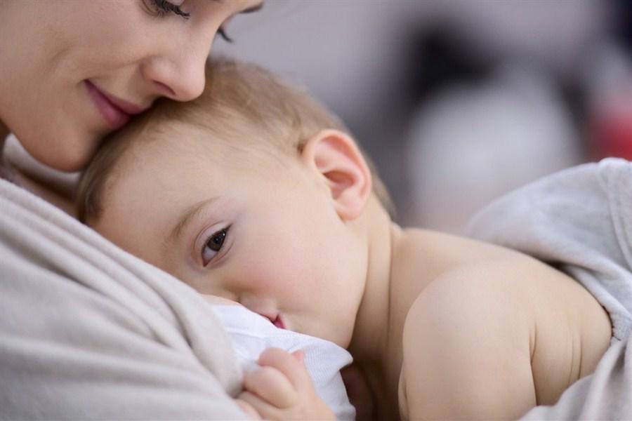 Резултат слика за free photos of breastfeeding
