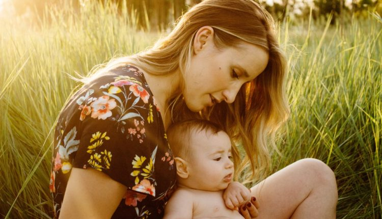 Caring Your Baby in Summer
