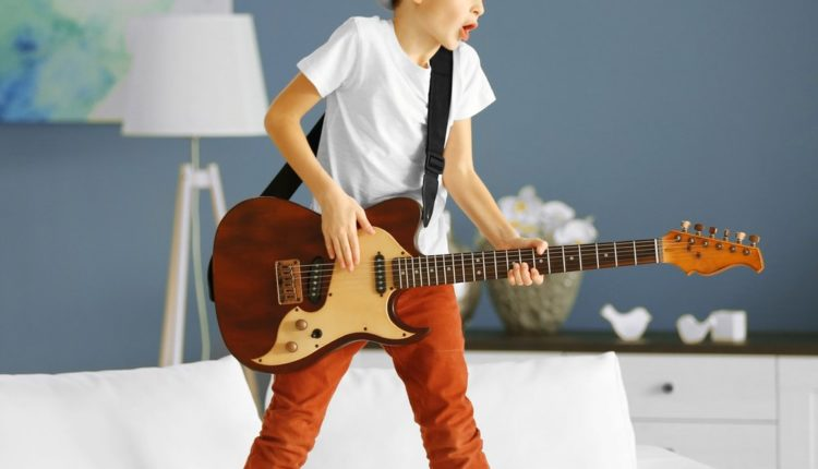 Best Kids Electric Guitar 2017: Updated Review!