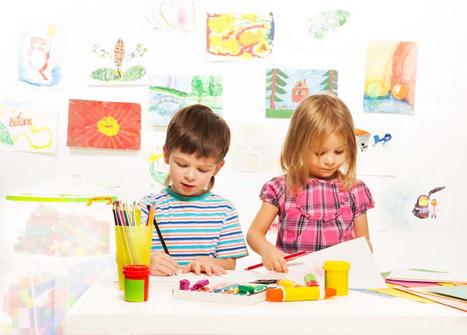 Best Educational Toys for 4 Year Olds: Buying Guide & Reviews